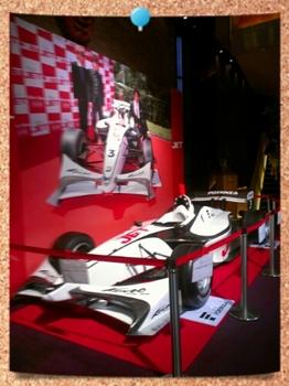 ドリボレースカー展示.jpg