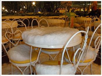 2013 01 14 05雪のテーブル.JPG